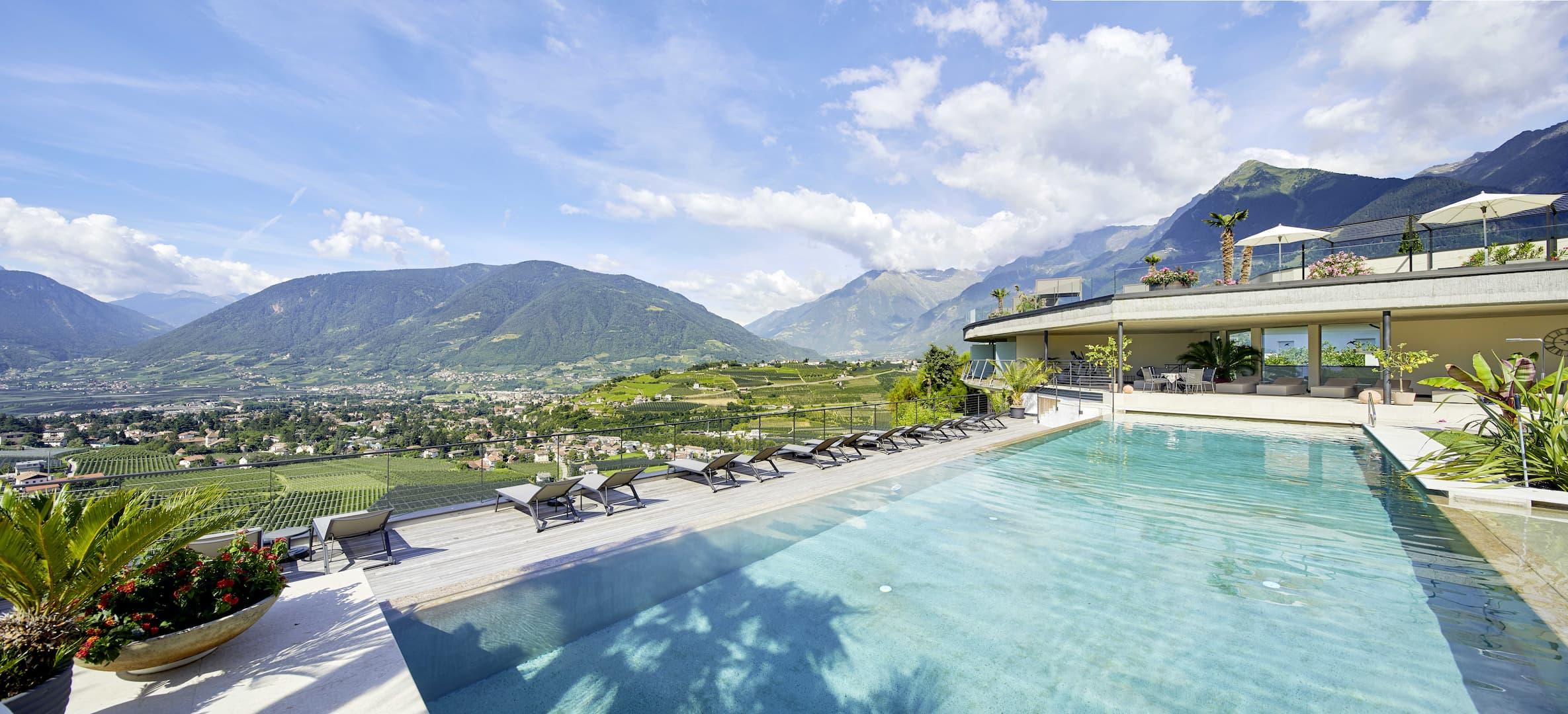 Schenna Hotels   Eschenlohe & Alpin